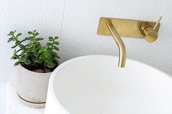 how to clean and maintain your bathroom